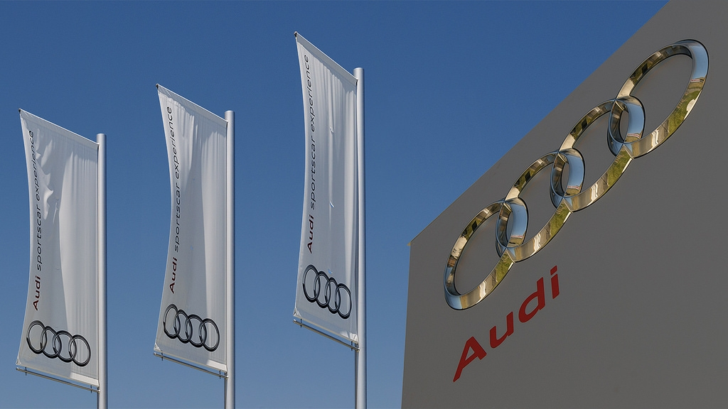 Audi Portable Flag Poles